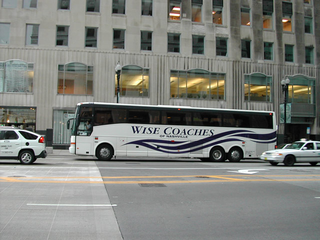 Colonial Van Lines >> Motorcoaches in the USA; Motorcoach Pictures [USA]